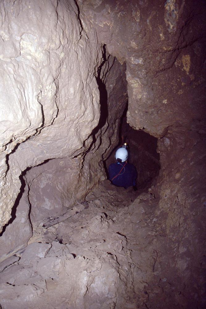 Jožefov rov, ki vodi iz Fedranovega naprej
