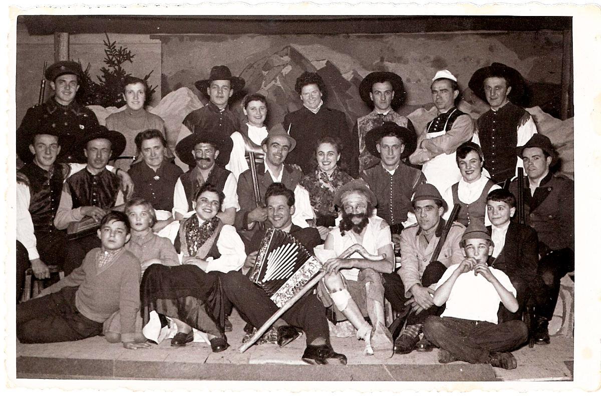 divji-lovc_1952